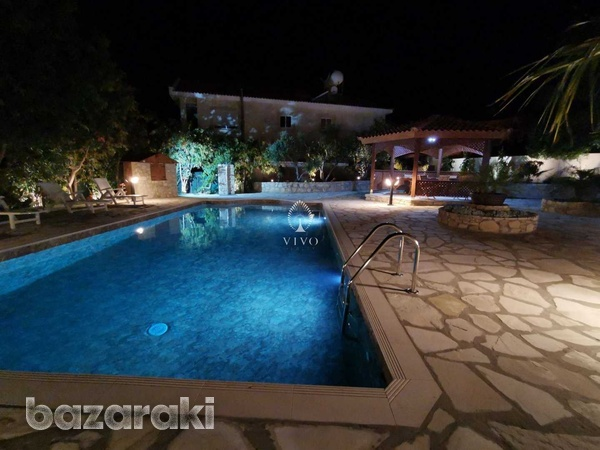 6 bedroom villa with panoramic city view in ayia fyla-4