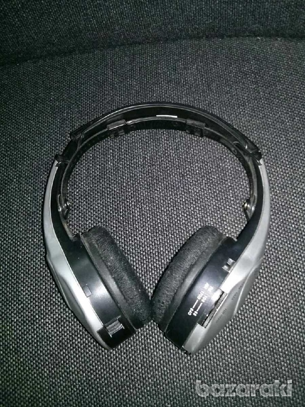 Headsets-3