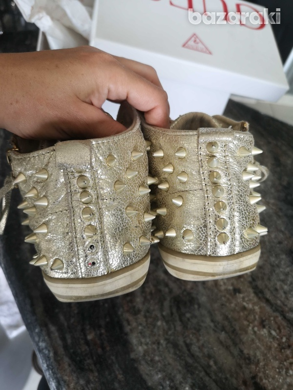 Guess gold trainers size 38-3