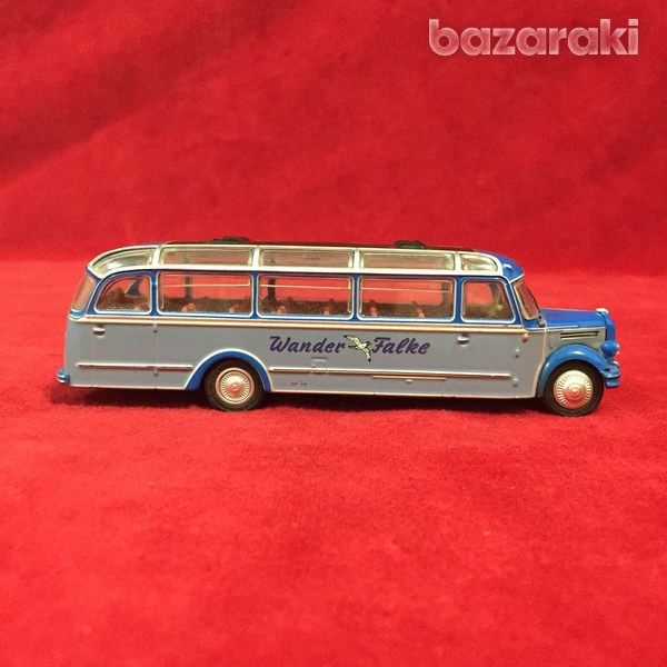 Borgward bo 4000 bus 1/72-3