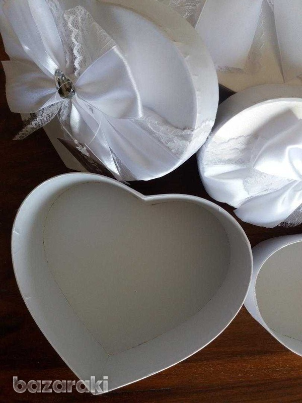 Brand new 3 fabulous white satin & lace boxes-3
