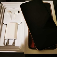 Apple iphone xs 256gb gold with box and accessories