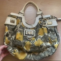 Guess collection very big bag
