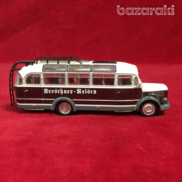 Collectible steyr 380 q bus 1/72 scale-7