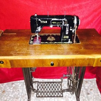 Ραπτομηχανή titan zig zag sewing machine