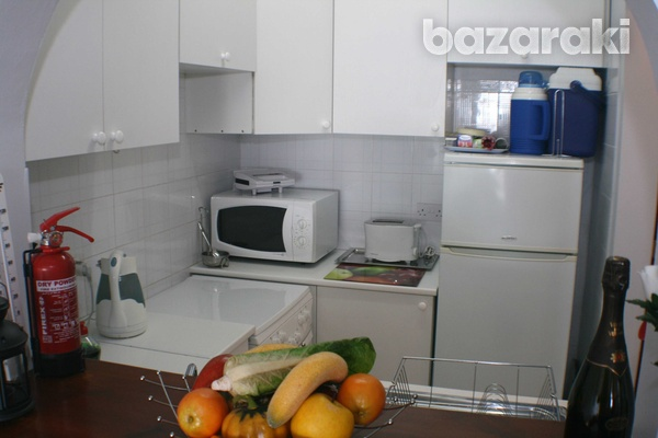 Large penthouse apt with title deeds in tala affording fabulous views-4
