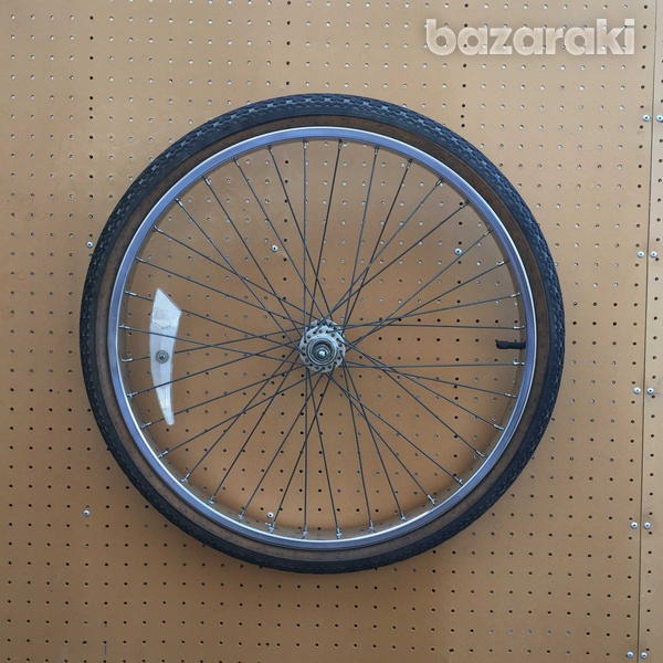 Raleigh front wheel and tyre-2