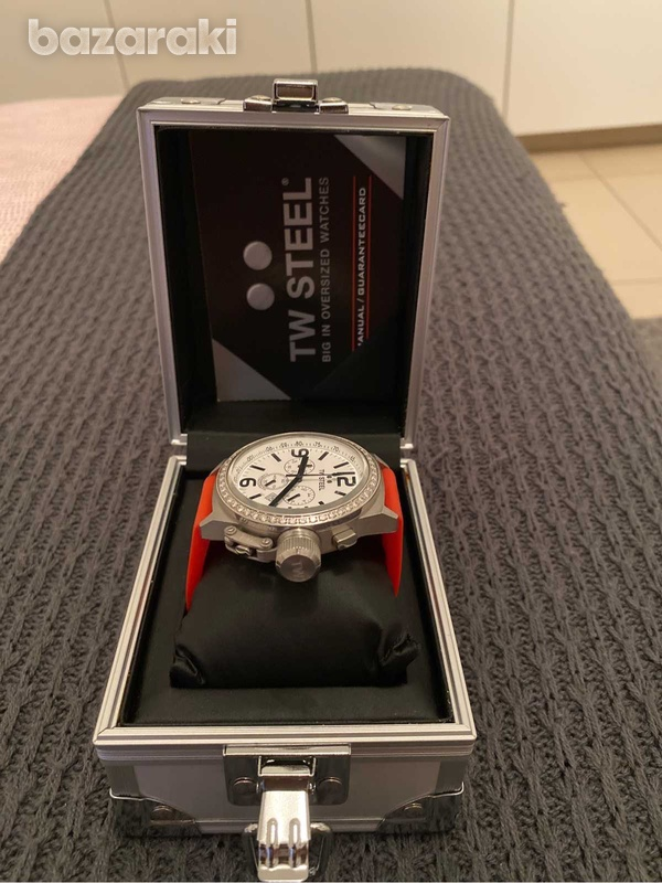 Original tw steel crystals watch with box and extra strap-4
