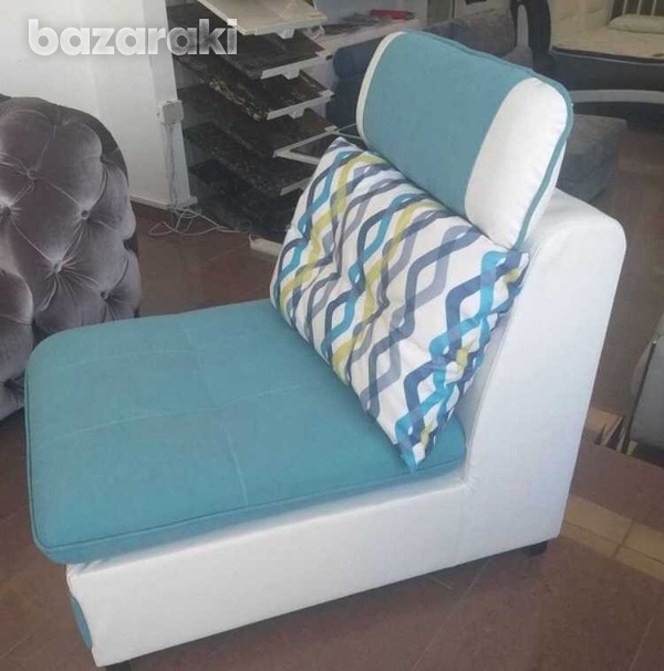 Italian single sofa in new condition with reclining pillow-2