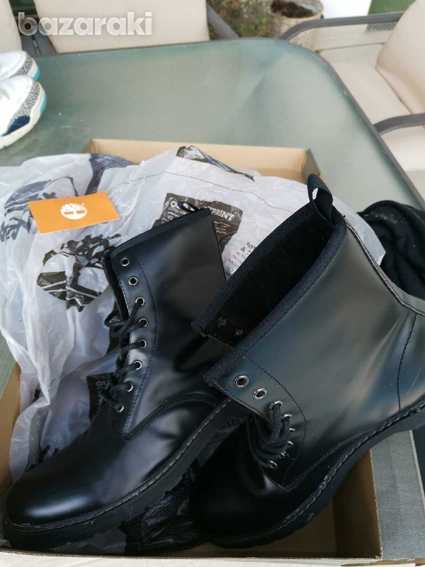 Timberland almost new black boots boxed-4