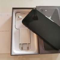 Apple iphone 8 64gb with new box and accessories