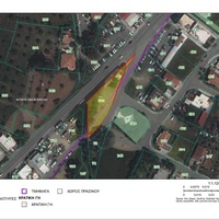 Commercial land 1301 m²