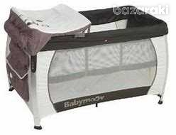 Babymoov bed and change with mattress-1