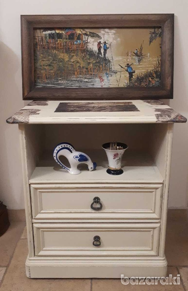 Additional table with drawers.-1
