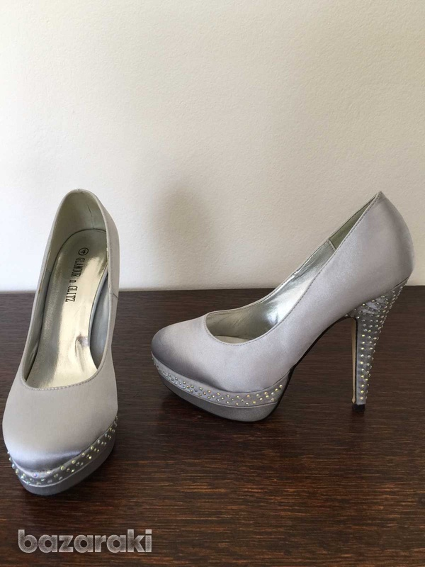 Womens shoes size 37