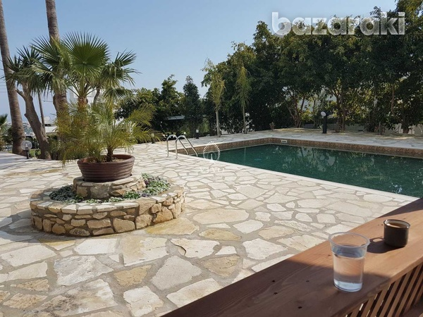 6 bedroom villa with panoramic city view in ayia fyla-6