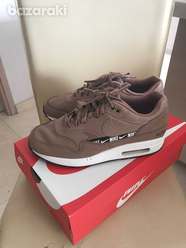 Nike air max sneakers in excellent condition, size 38-38,5-1