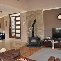 Spacious 4 bedroom detached house with annex of 1 bedroom in pyrgos