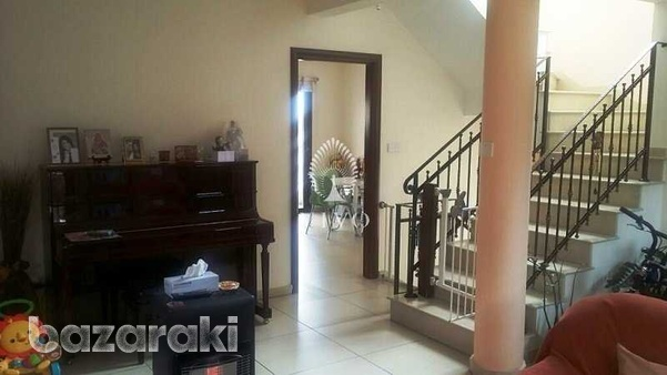 Detached 4 bedroom house in agios athanasios-2