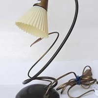 1960s vintage art deco beautiful table / office lamp, working. for dec