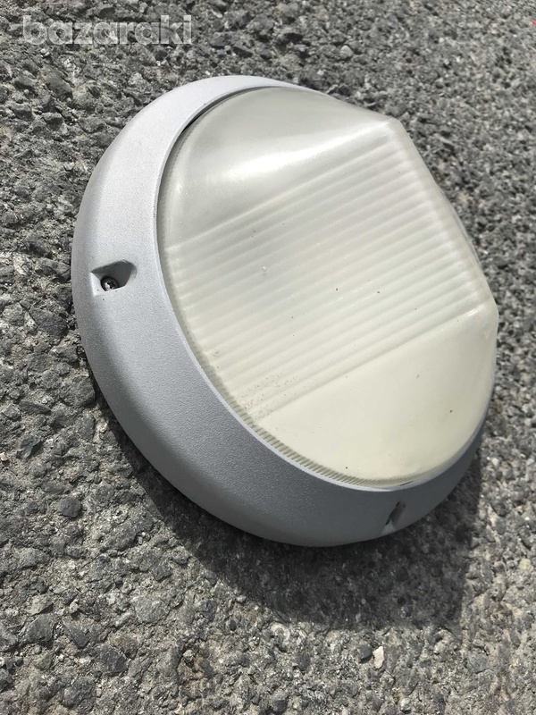 Used outdoor lights bundle-2