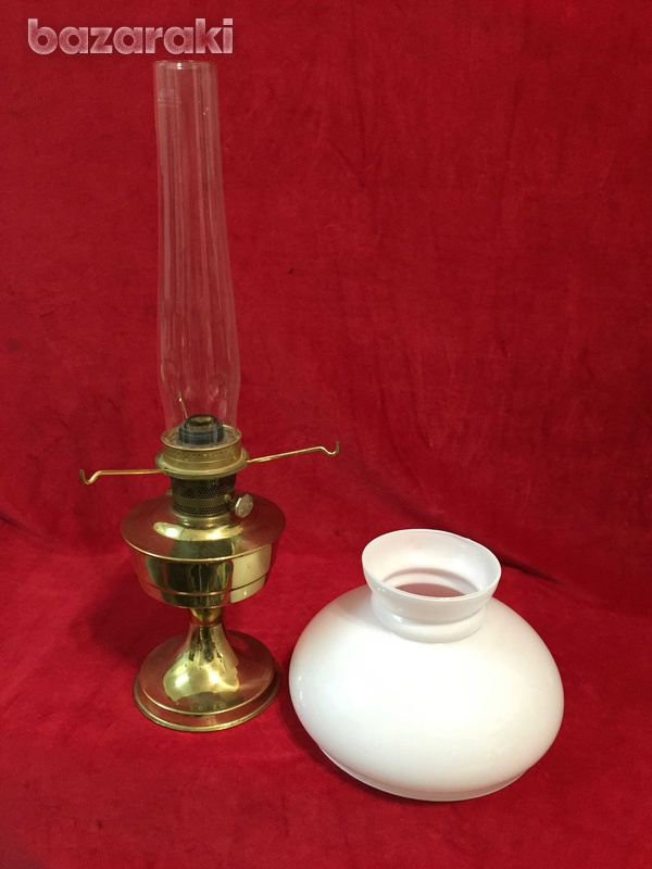 Victorian brass aladdin oil lamp-2
