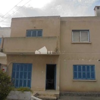 Four bedroom detached house in paralimni near metro