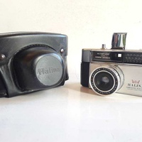 Vintage collectible film camera very good condition work