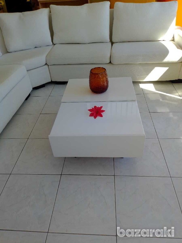 Coffee table with adjustable feets 90x65 excellent condition like new.-5