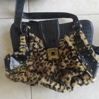 Women bag in excellent condition