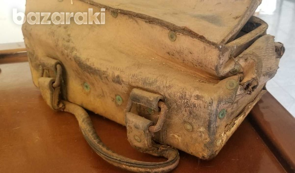 Old leather tool bag-3