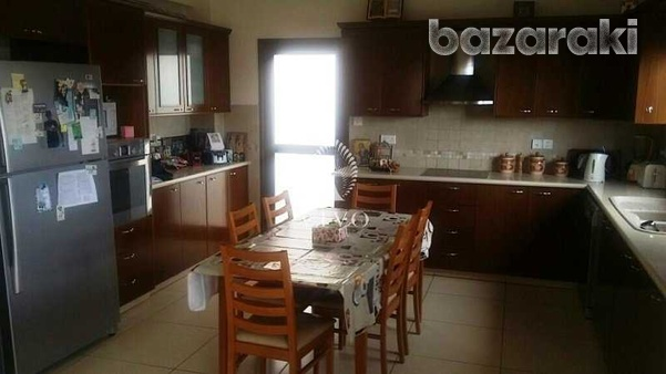 Detached 4 bedroom house in agios athanasios-1