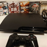 Playstation 3 slim 250gb with 5 games and controller