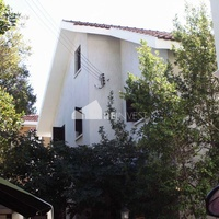 3 bedroom house with swimming pool in nicosia centre