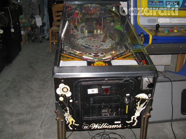 Williams hurricane pinball flipper machine-5