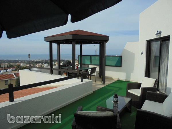 Large penthouse apt with title deeds in tala affording fabulous views-1