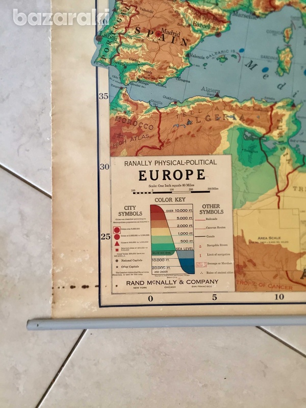 Rand mcnally vintage roll-down map of europe.-2