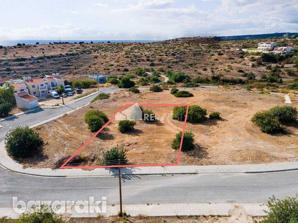 Building plot in episkopi-1