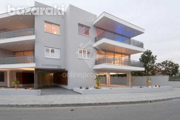 Luxury apartment in great location-8