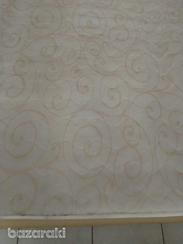 Mattress 150x200x21 in excellent condition like brand new.-2