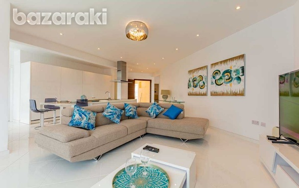 3 bedroom luxury sea front apartment - long term-3