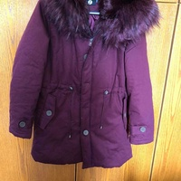 Insulated jacket with faux fur