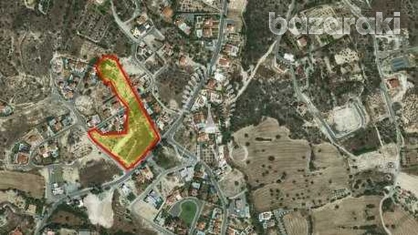 Residential plot of 608 sqm in a great spot in agios tychon