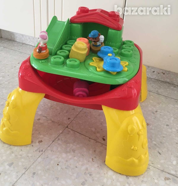 Baby play table with blocks-2