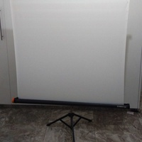 Projector screen portable with tripod