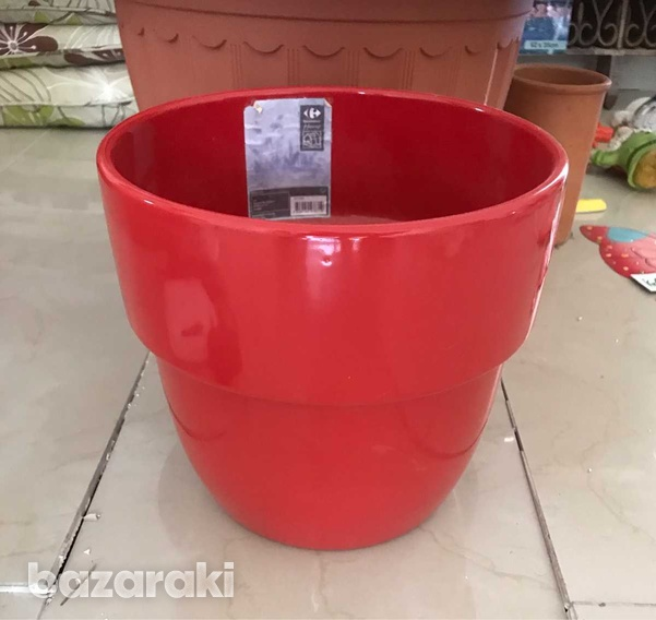Assortment of items for outside in garden or on sun terrace or indoors-7