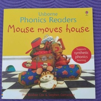 Usborne phonics readers book for 2-5 year olds