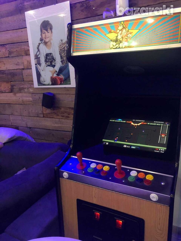 Arcade coin operated video game, coin operated-2