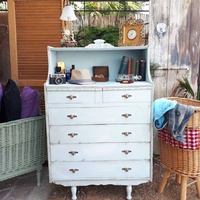 Shabby chic chest of drawers.