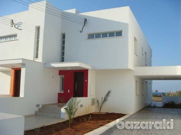 Brand new 4 bedroom and 3 bathroom villa with sea views and title deeds-3